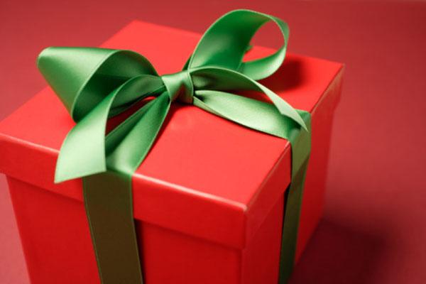圣诞节送男友什么礼物最合适?