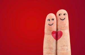 """解惑恋情:23个关于爱情的""""为什么""""?"""
